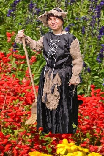 Čarodějka na květinovém koberci
